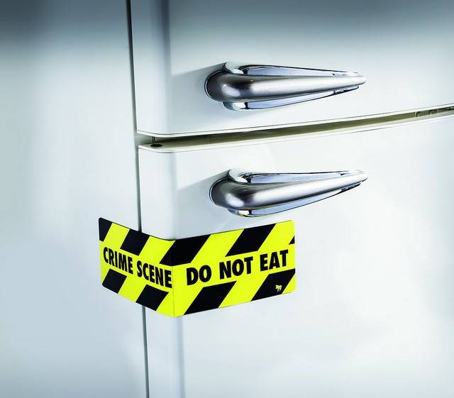 Image of   Magnet - Snack Attack (Crime Scene)